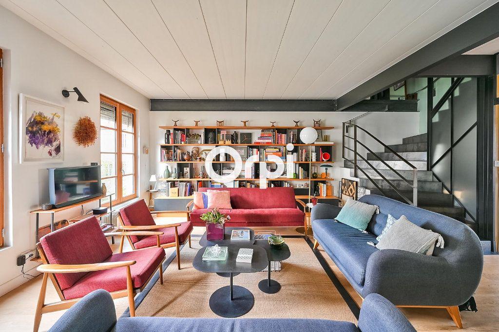 Appartement à vendre 4 122m2 à Lyon 4 vignette-1