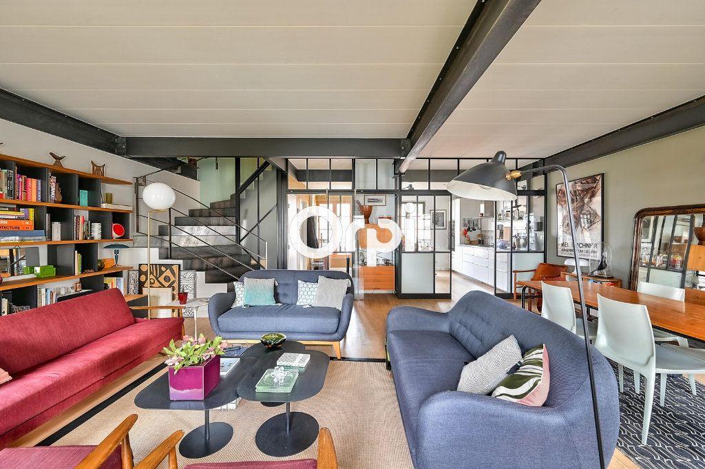 Appartement à vendre 4 122m2 à Lyon 4 vignette-2