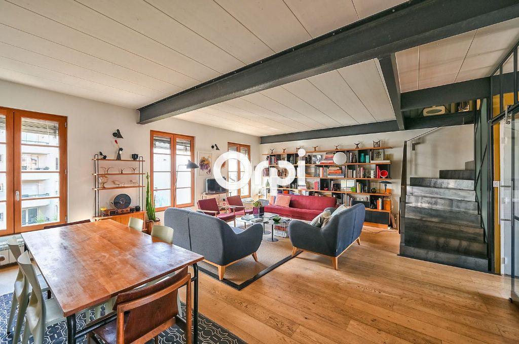Appartement à vendre 4 122m2 à Lyon 4 vignette-3