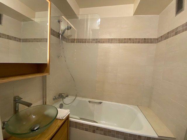 Appartement à vendre 4 80m2 à Boulogne-Billancourt vignette-4