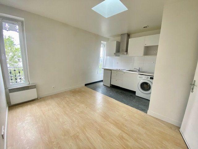 Appartement à louer 2 24m2 à Boulogne-Billancourt vignette-1