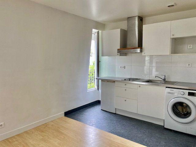 Appartement à louer 2 24m2 à Boulogne-Billancourt vignette-2
