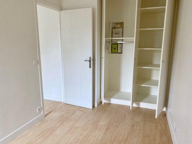 Appartement à louer 2 24m2 à Boulogne-Billancourt vignette-5