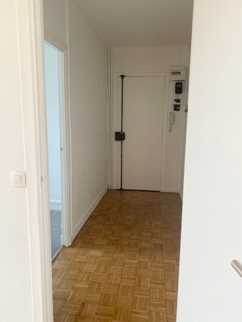 Appartement à louer 3 63m2 à Boulogne-Billancourt vignette-4