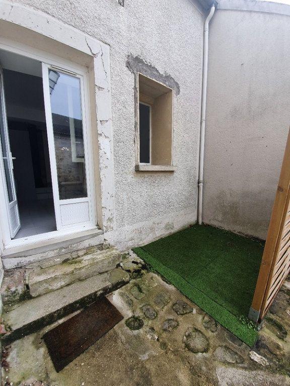 Appartement à louer 1 24.8m2 à Veneux-les-Sablons vignette-4