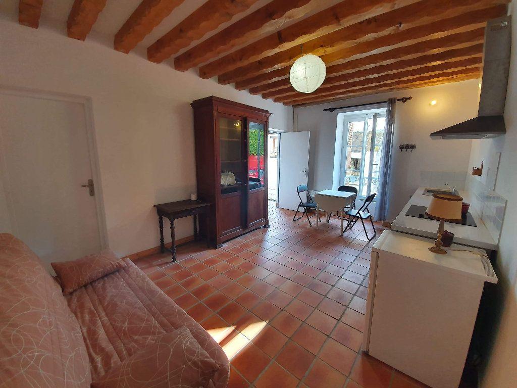 Appartement à louer 1 22m2 à Veneux-les-Sablons vignette-2