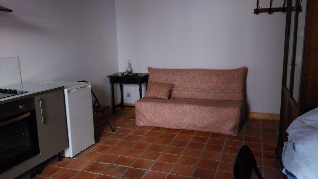 Appartement à louer 1 22m2 à Veneux-les-Sablons vignette-3
