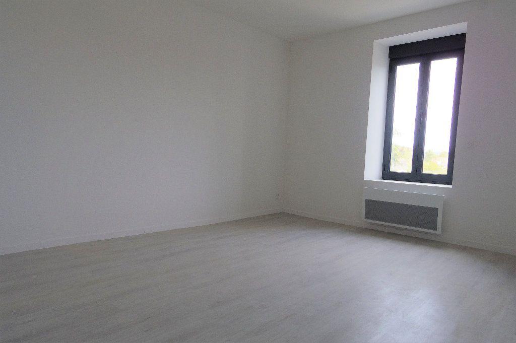 Maison à vendre 5 97m2 à Veneux-les-Sablons vignette-5