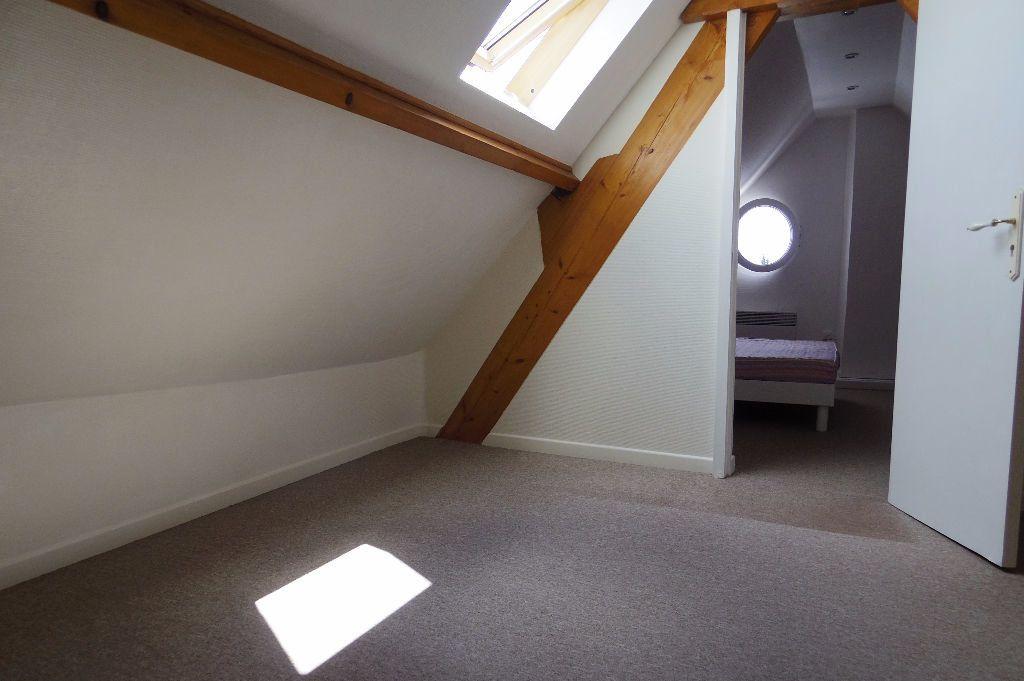 Maison à louer 4 60m2 à Dormelles vignette-6