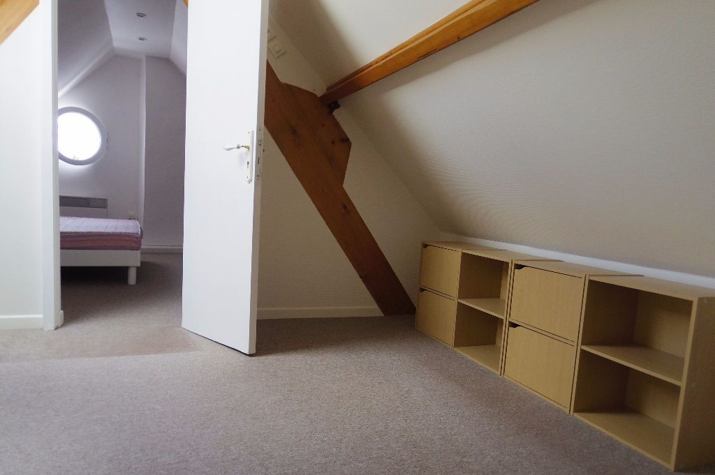 Maison à louer 4 60m2 à Dormelles vignette-7