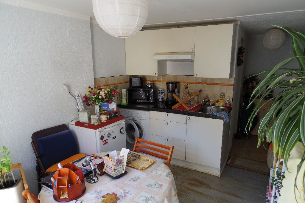 Appartement à vendre 2 25m2 à Moret-sur-Loing vignette-2