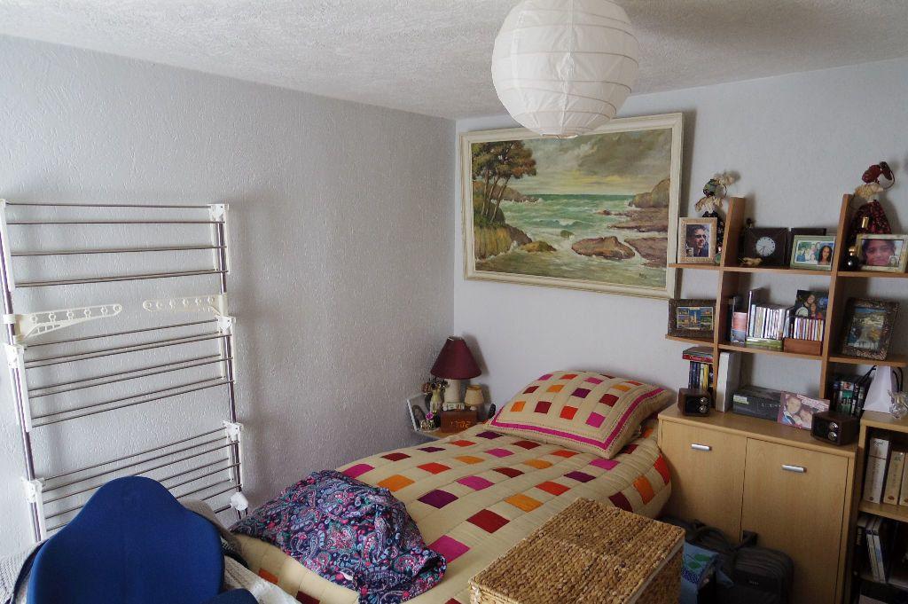 Appartement à vendre 2 25m2 à Moret-sur-Loing vignette-4