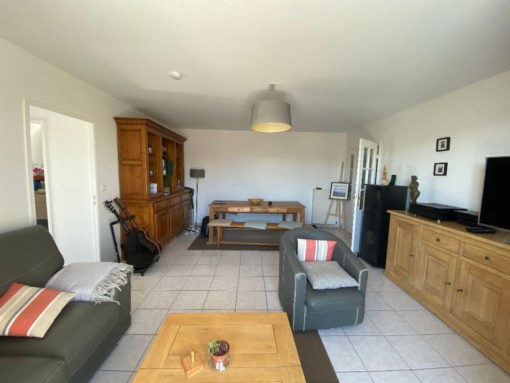 Appartement à louer 3 63.81m2 à Moret-sur-Loing vignette-1