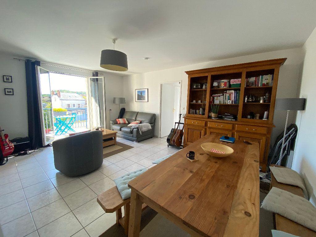 Appartement à louer 3 63.81m2 à Moret-sur-Loing vignette-3