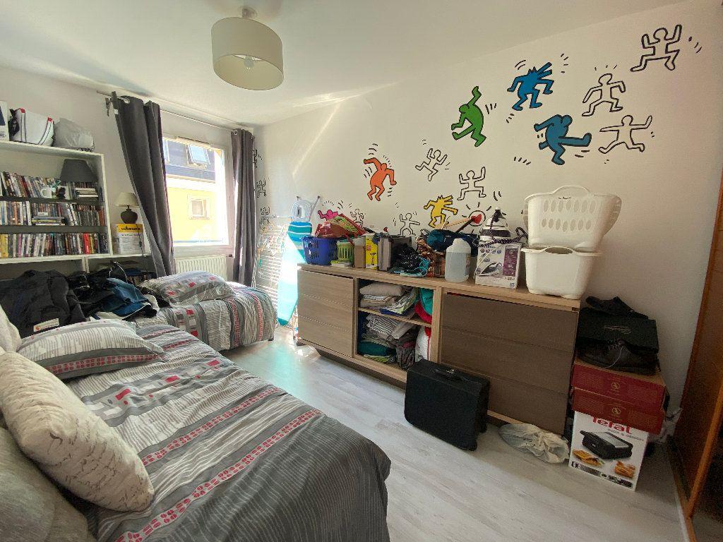 Appartement à louer 3 63.81m2 à Moret-sur-Loing vignette-5