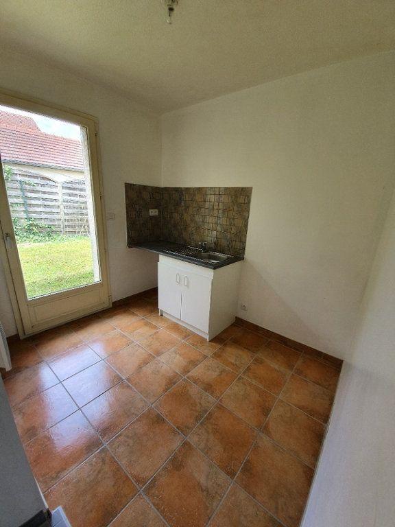 Appartement à louer 1 30m2 à Moret-sur-Loing vignette-4