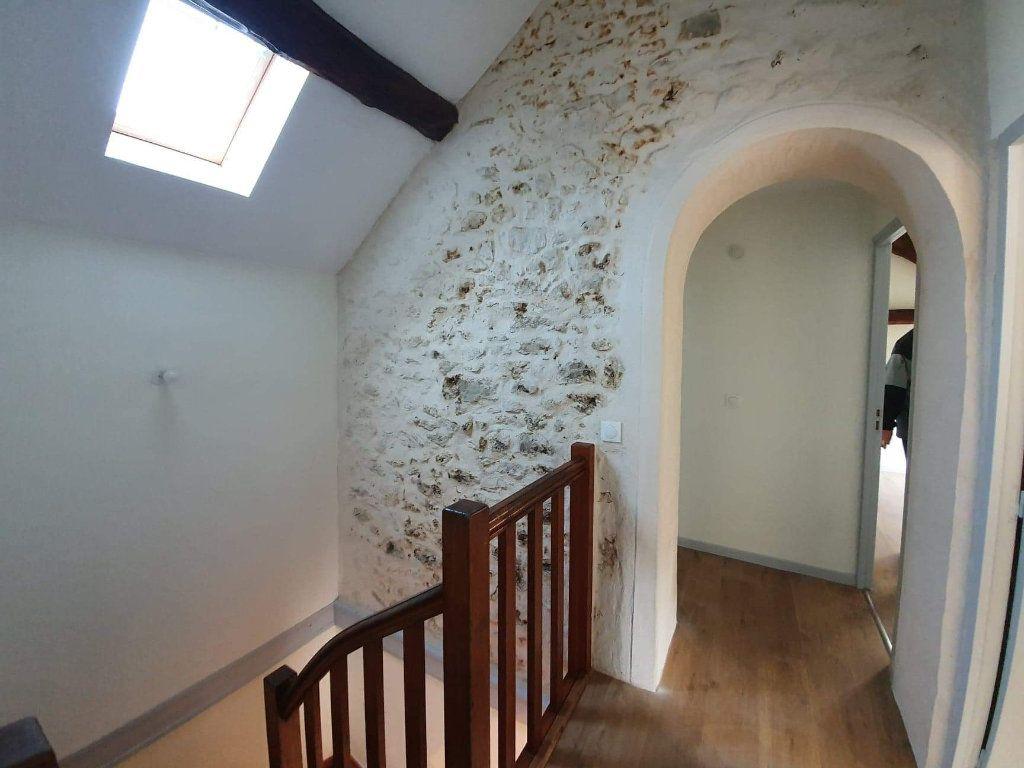 Maison à louer 4 72m2 à Veneux-les-Sablons vignette-4