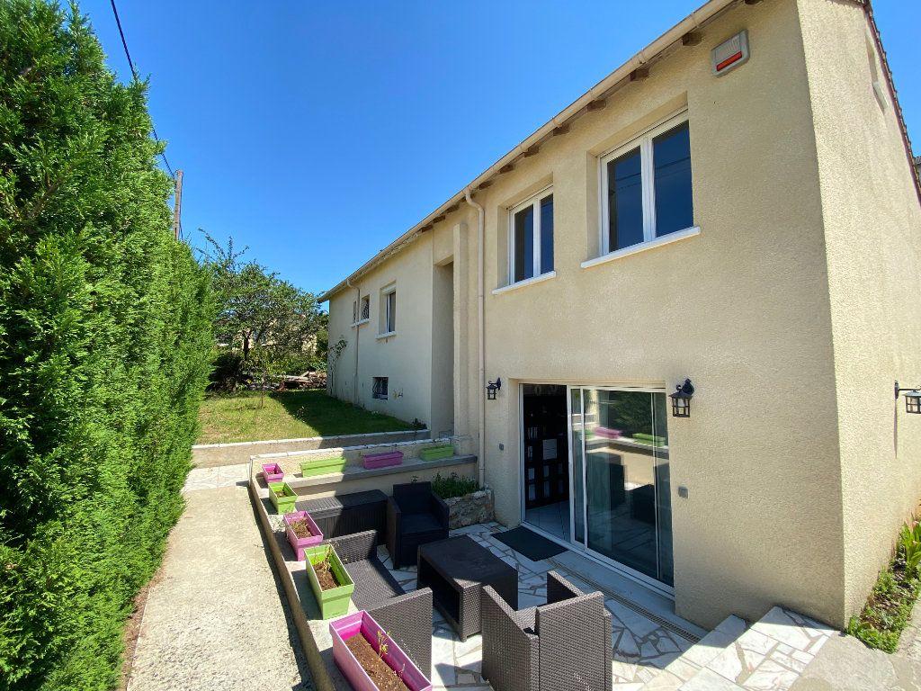 Maison à vendre 8 180m2 à Champagne-sur-Seine vignette-1