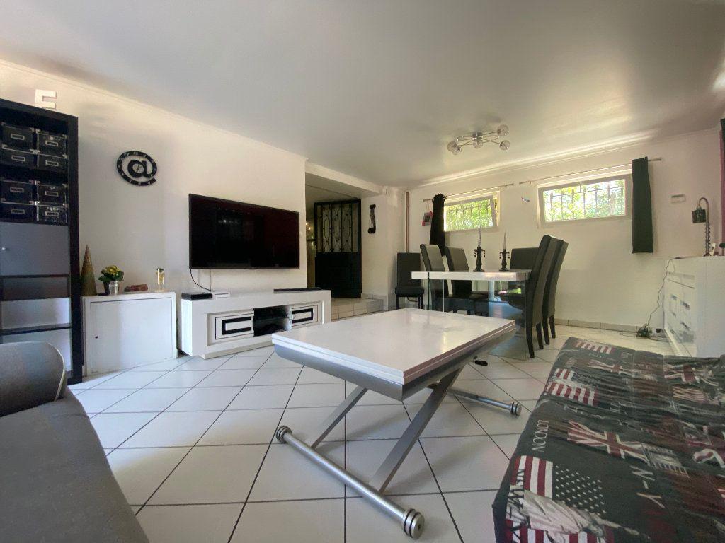 Maison à vendre 8 180m2 à Champagne-sur-Seine vignette-4