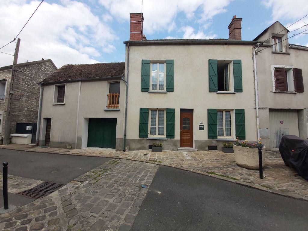 Maison à vendre 5 105m2 à Moret-sur-Loing vignette-1