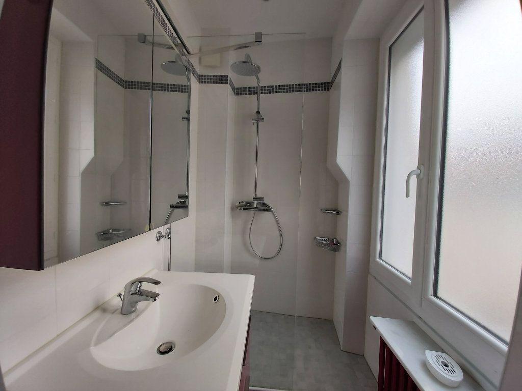 Maison à vendre 5 105m2 à Moret-sur-Loing vignette-7