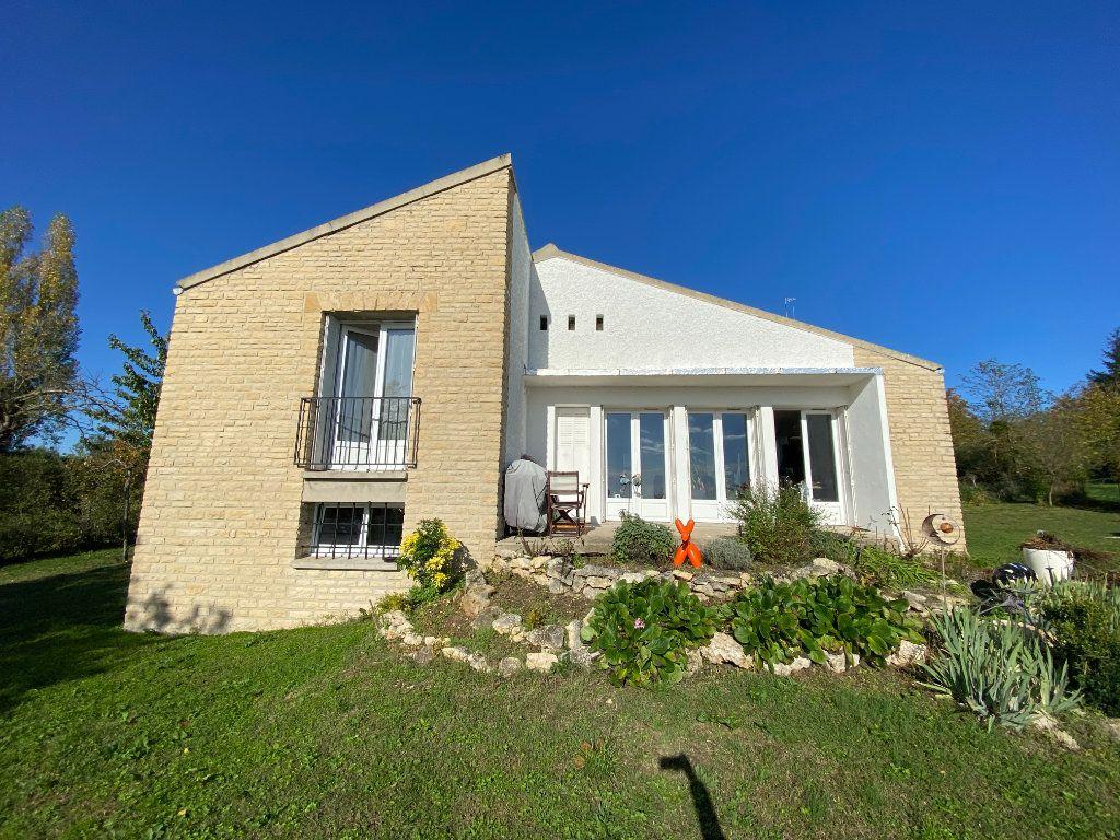 Maison à vendre 5 94m2 à Champagne-sur-Seine vignette-1