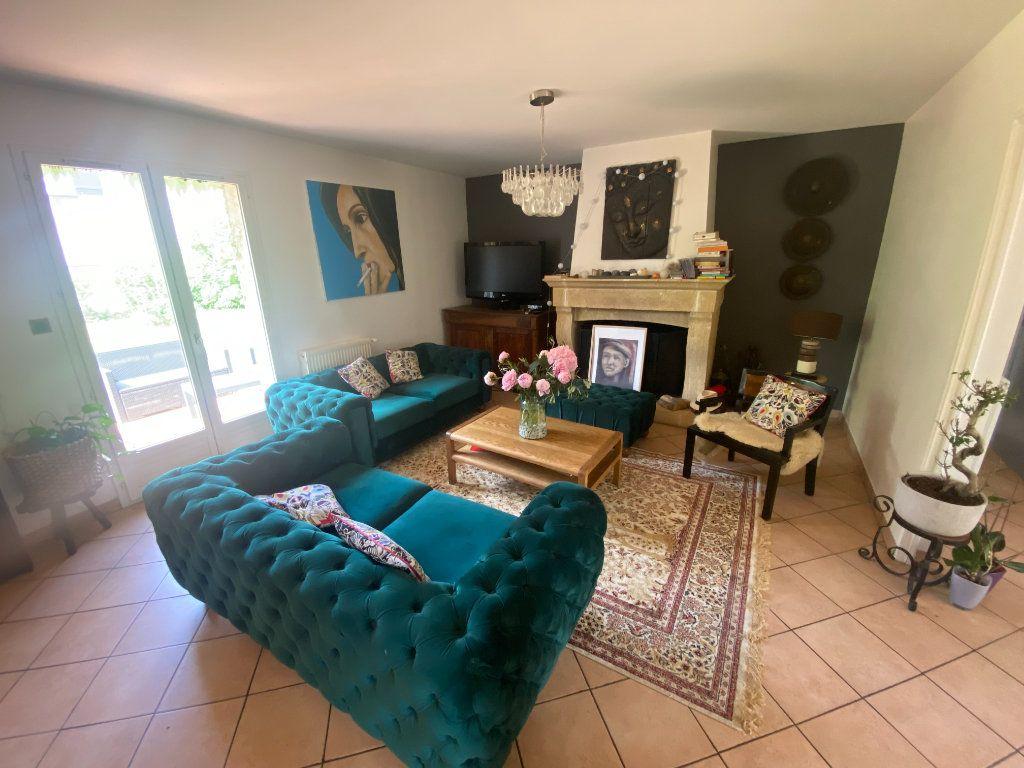 Maison à vendre 8 150m2 à Moret-sur-Loing vignette-4