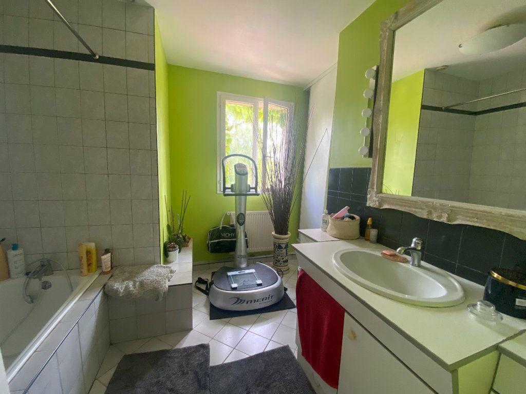 Maison à vendre 8 150m2 à Moret-sur-Loing vignette-11