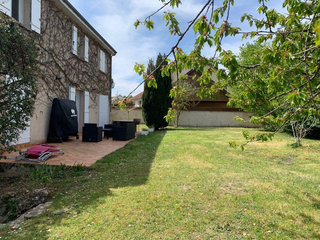 Maison à vendre 8 150m2 à Moret-sur-Loing vignette-17