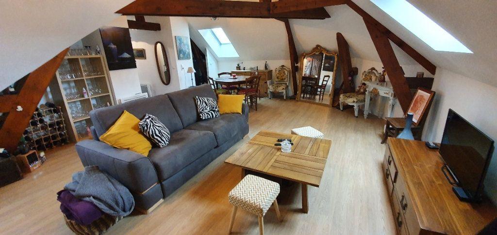 Appartement à louer 3 49m2 à Moret-sur-Loing vignette-2