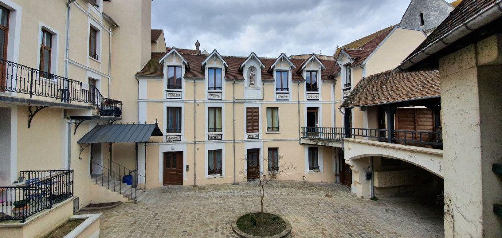 Appartement à louer 3 49m2 à Moret-sur-Loing vignette-14