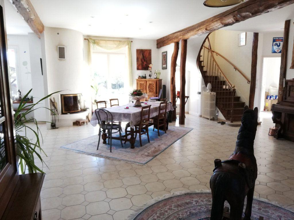 Maison à vendre 11 273m2 à Moret-sur-Loing vignette-4