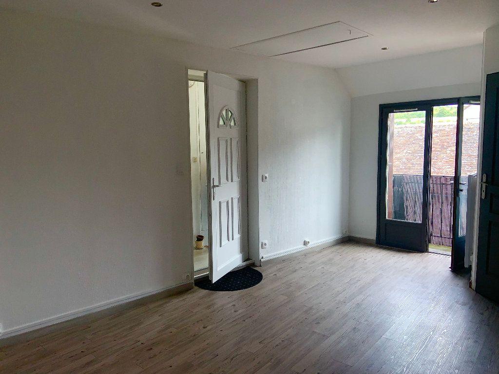 Appartement à louer 2 34.37m2 à Écuelles vignette-3