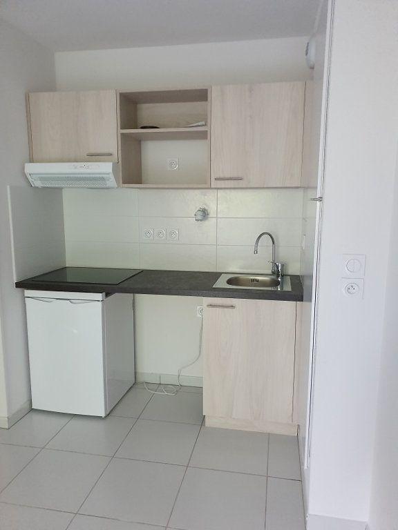 Appartement à louer 2 39.14m2 à Veneux-les-Sablons vignette-2
