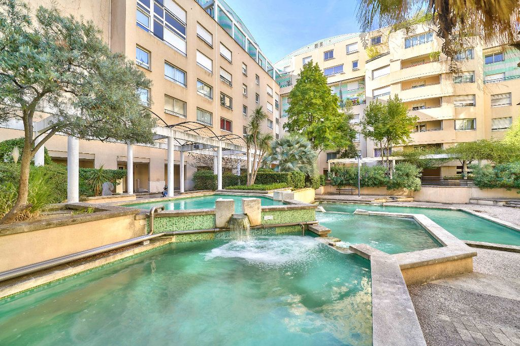 Appartement à vendre 5 130m2 à Marseille 6 vignette-3