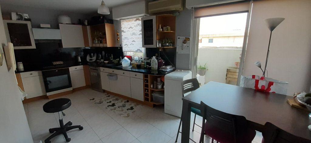Appartement à vendre 5 130m2 à Marseille 6 vignette-4