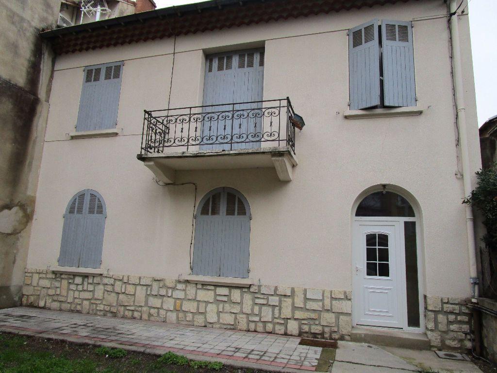 Appartement à louer 3 47.59m2 à Avignon vignette-1