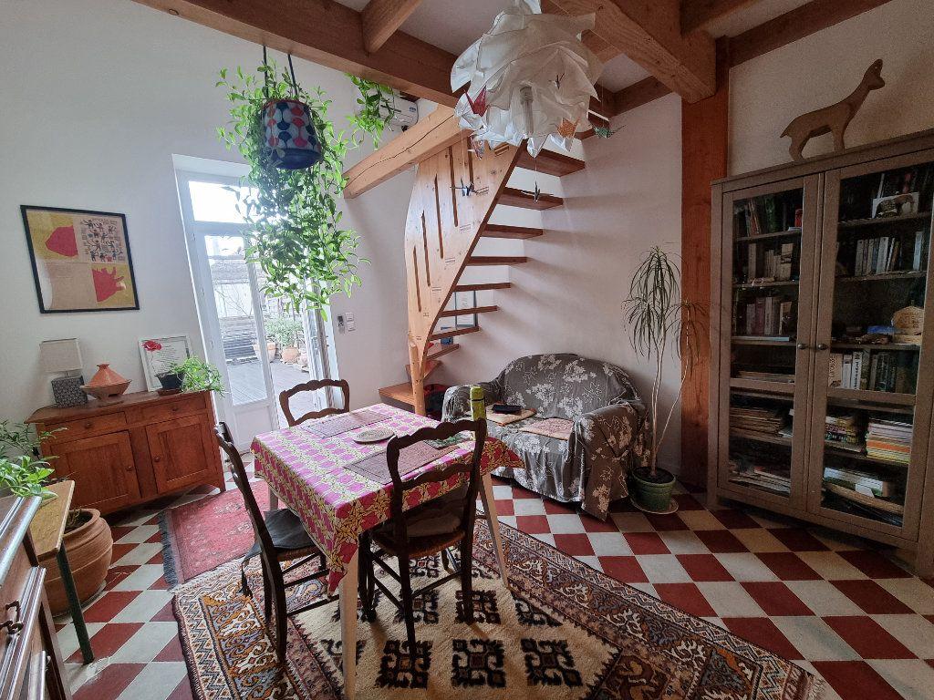 Appartement à vendre 4 86m2 à Montfavet - Avignon vignette-1