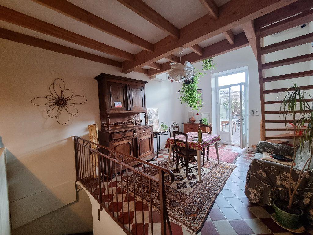 Appartement à vendre 4 86m2 à Montfavet - Avignon vignette-3