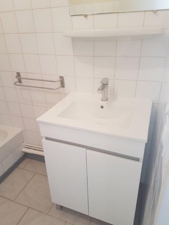 Appartement à louer 1 29.79m2 à Avignon vignette-3