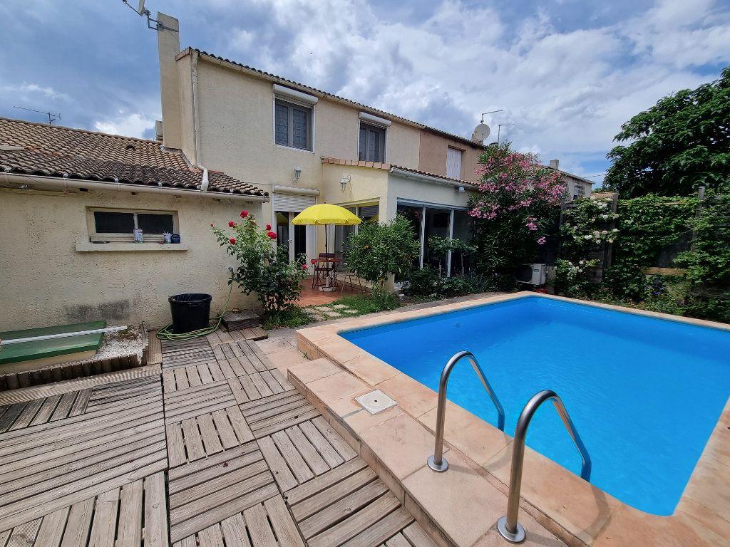 Maison à vendre 4 105m2 à Avignon vignette-2