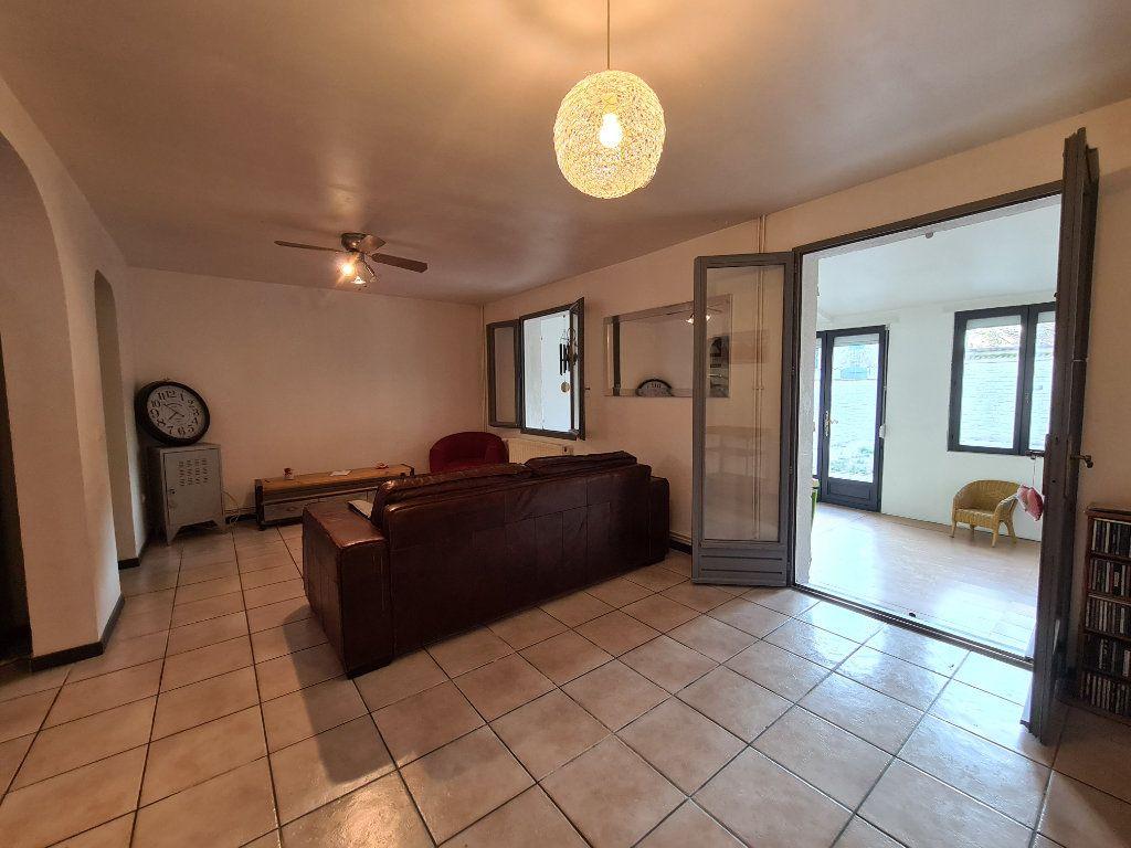 Maison à vendre 4 103m2 à Montfavet - Avignon vignette-6