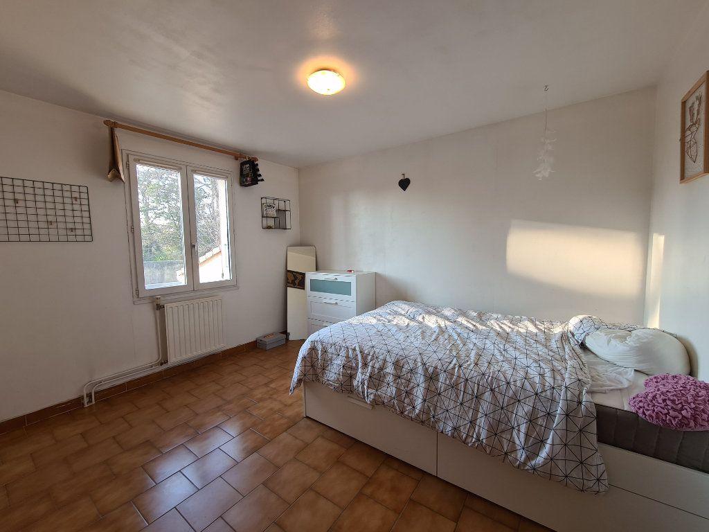 Maison à vendre 4 103m2 à Montfavet - Avignon vignette-7