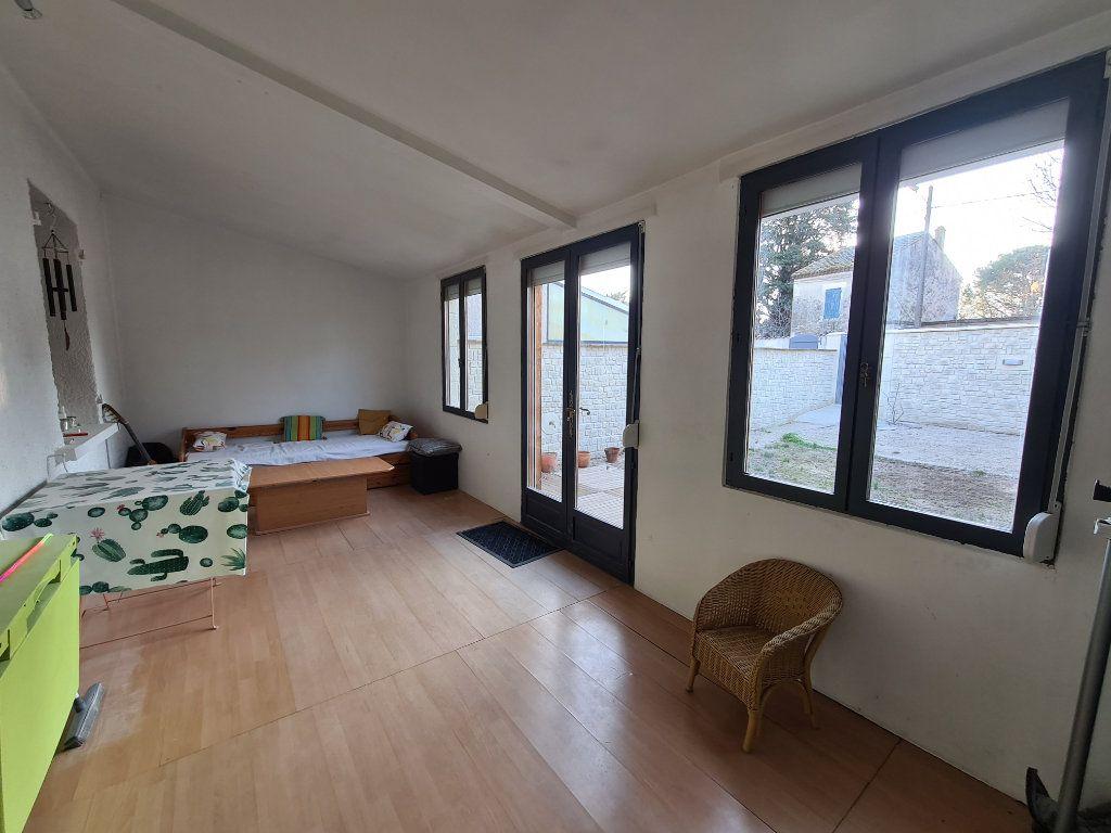 Maison à vendre 4 103m2 à Montfavet - Avignon vignette-8