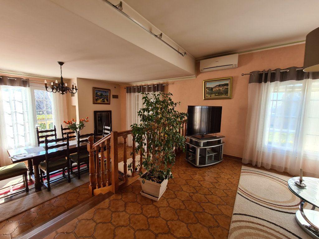 Maison à vendre 6 153m2 à Morières-lès-Avignon vignette-7