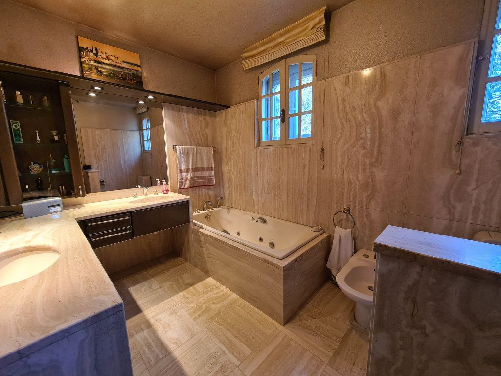 Maison à vendre 6 153m2 à Morières-lès-Avignon vignette-10