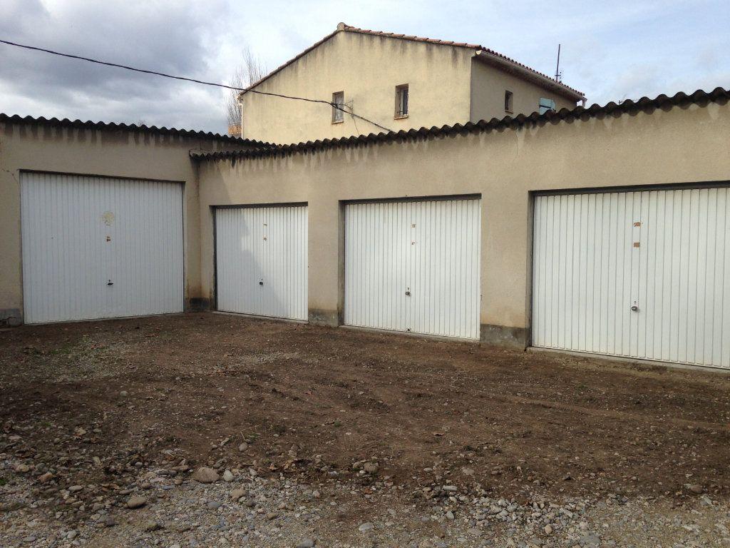 Stationnement à louer 0 16m2 à Avignon vignette-2