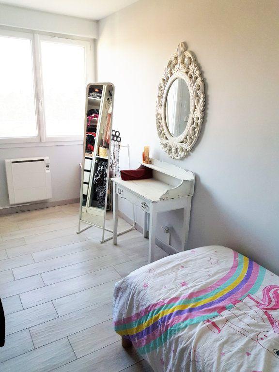 Appartement à louer 3 70.73m2 à Montfavet - Avignon vignette-7