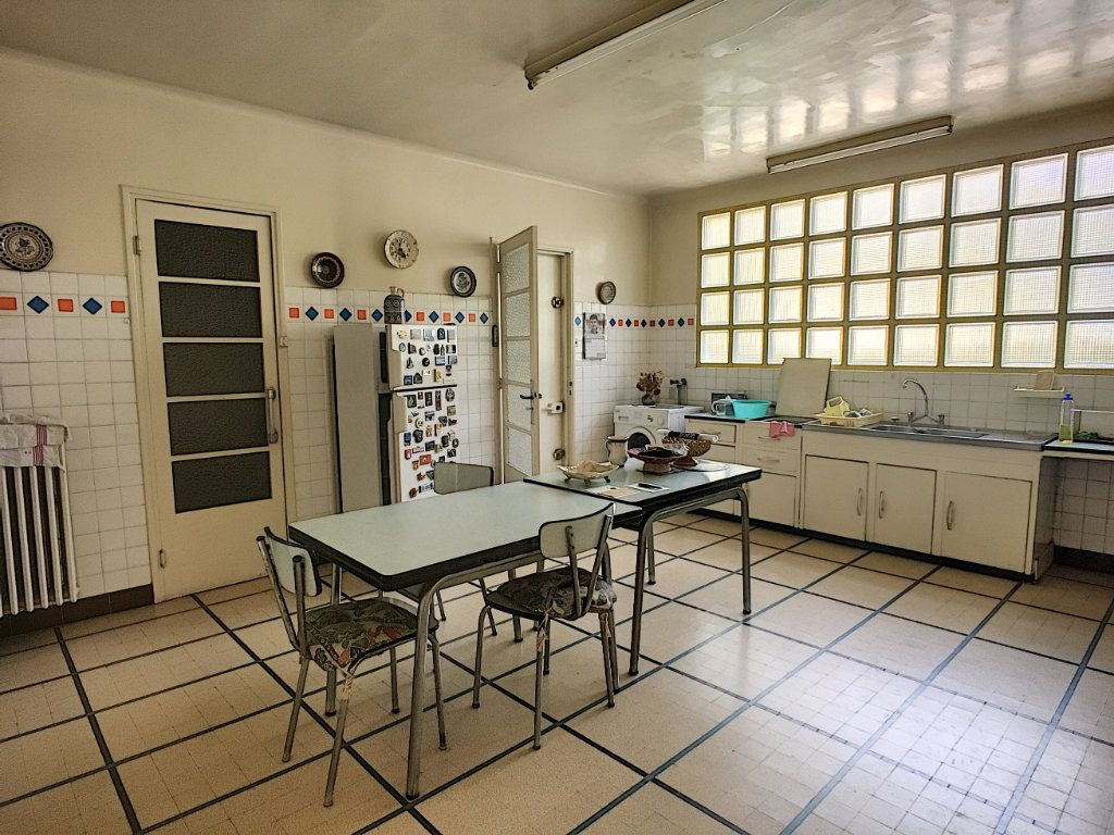 Maison à vendre 7 275m2 à Montfavet - Avignon vignette-10
