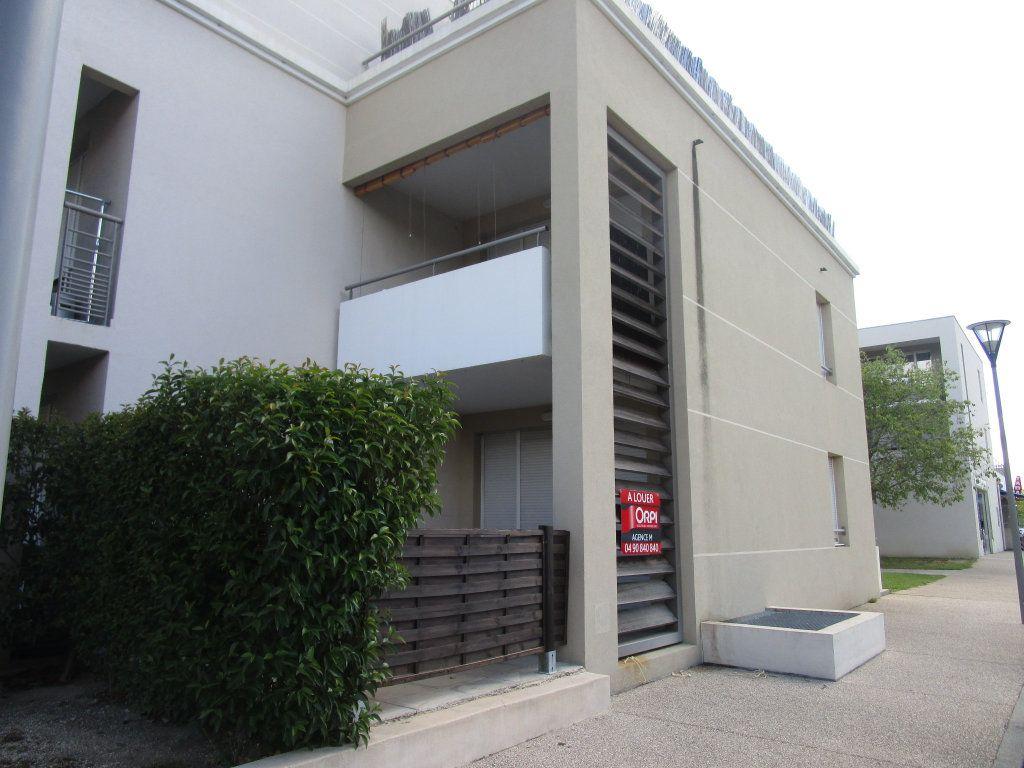 Appartement à vendre 3 62m2 à Avignon vignette-2